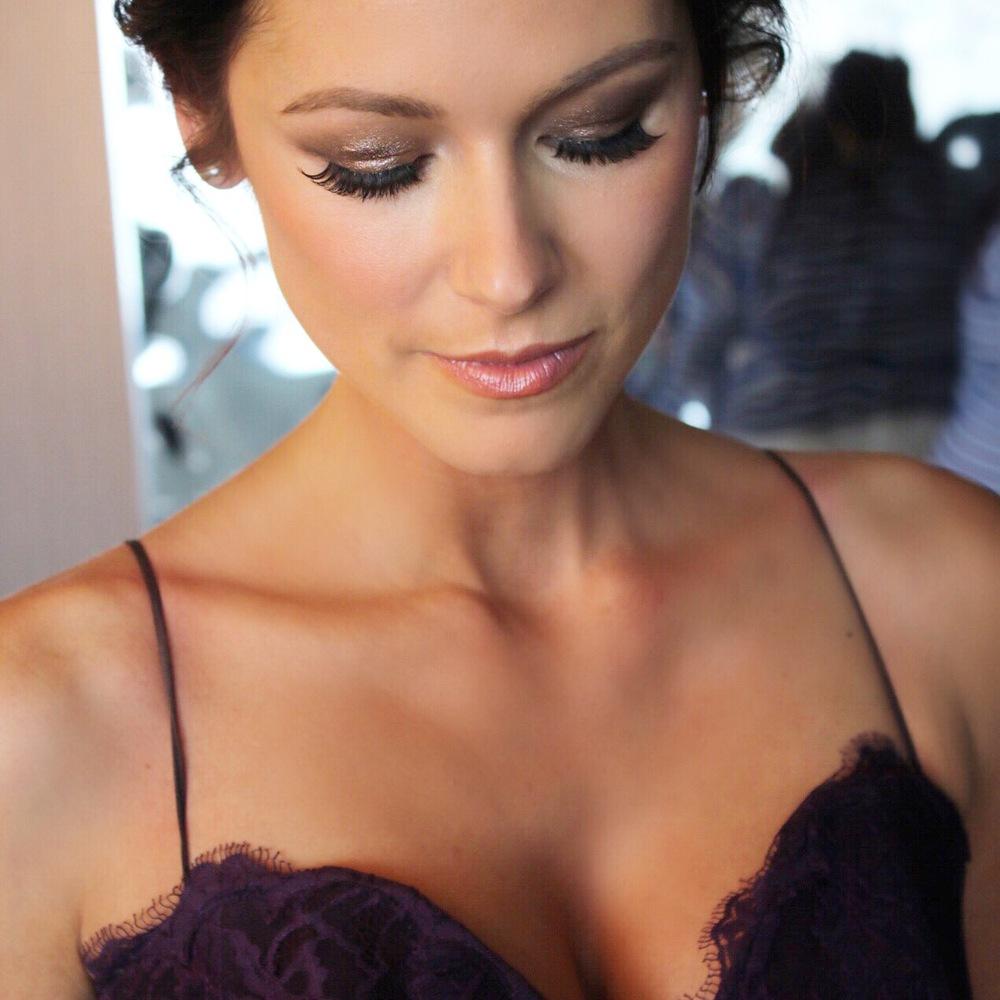 bridesmaid makeup look