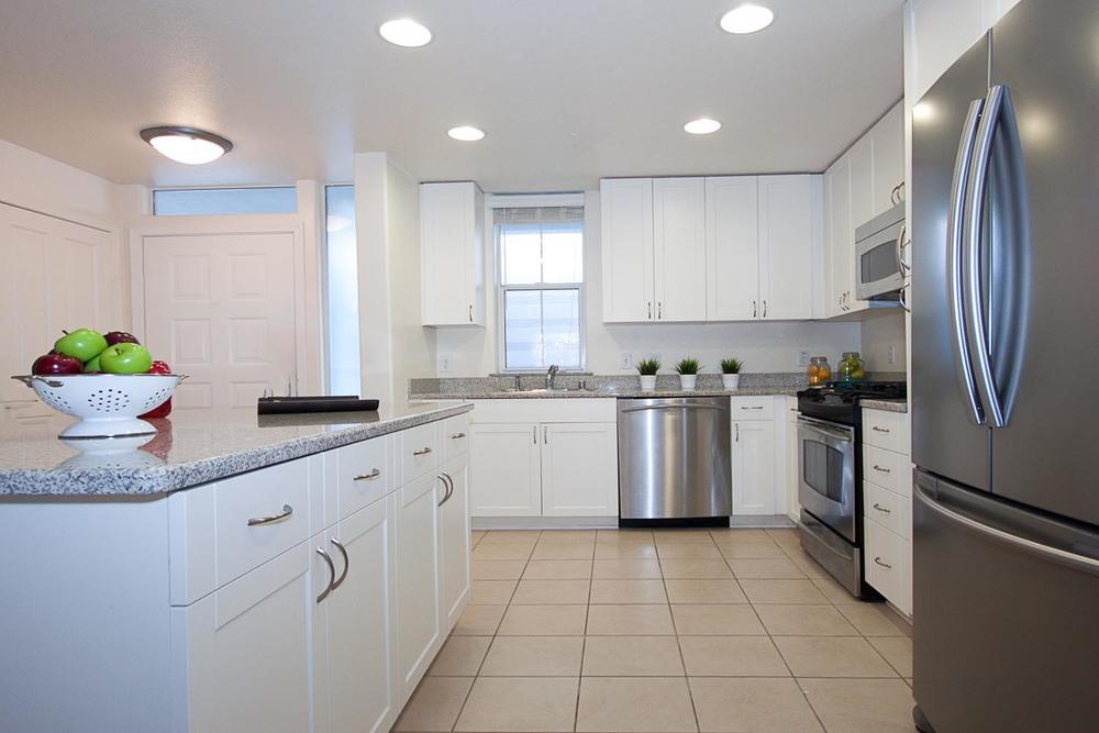 3901lickmill207-kitchen-.jpg