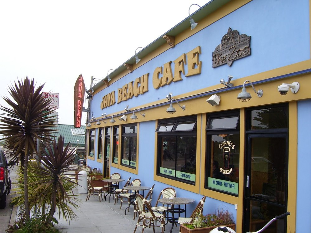 Top-quality coffee, lunch fare and sweets make Java Beach a favorite destination near Ocean Beach.