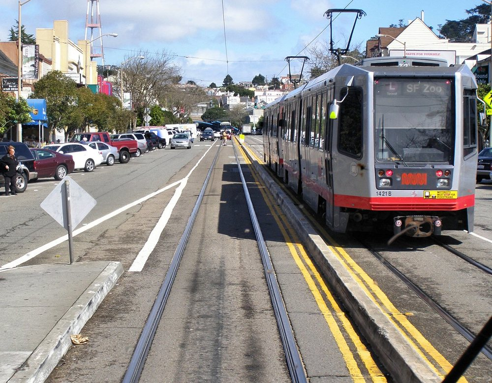 The M-Oceanview and K-Ingleside MUNI lines offer easy access to downtown.