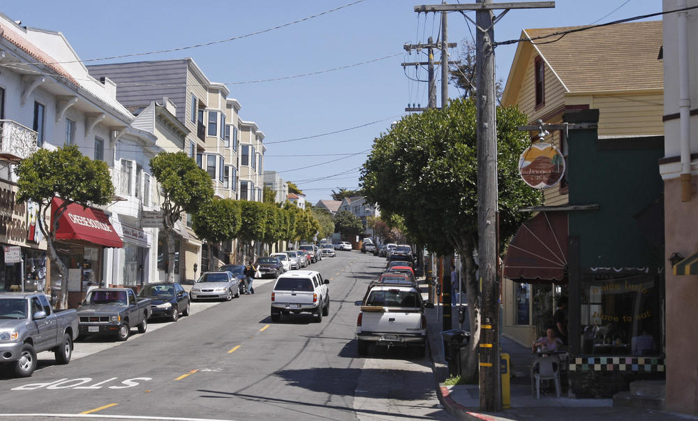 Glen Park's commercial area centers around the intersection of Diamond and Bosworth Streets.