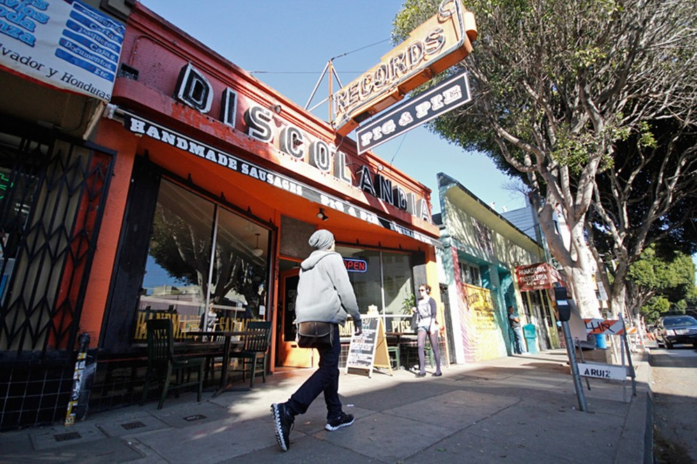 The commercial heart of Noe Valley, 24th Street is lined with great restaurants, mom-and-pop shops, organic grocery stores and salons.