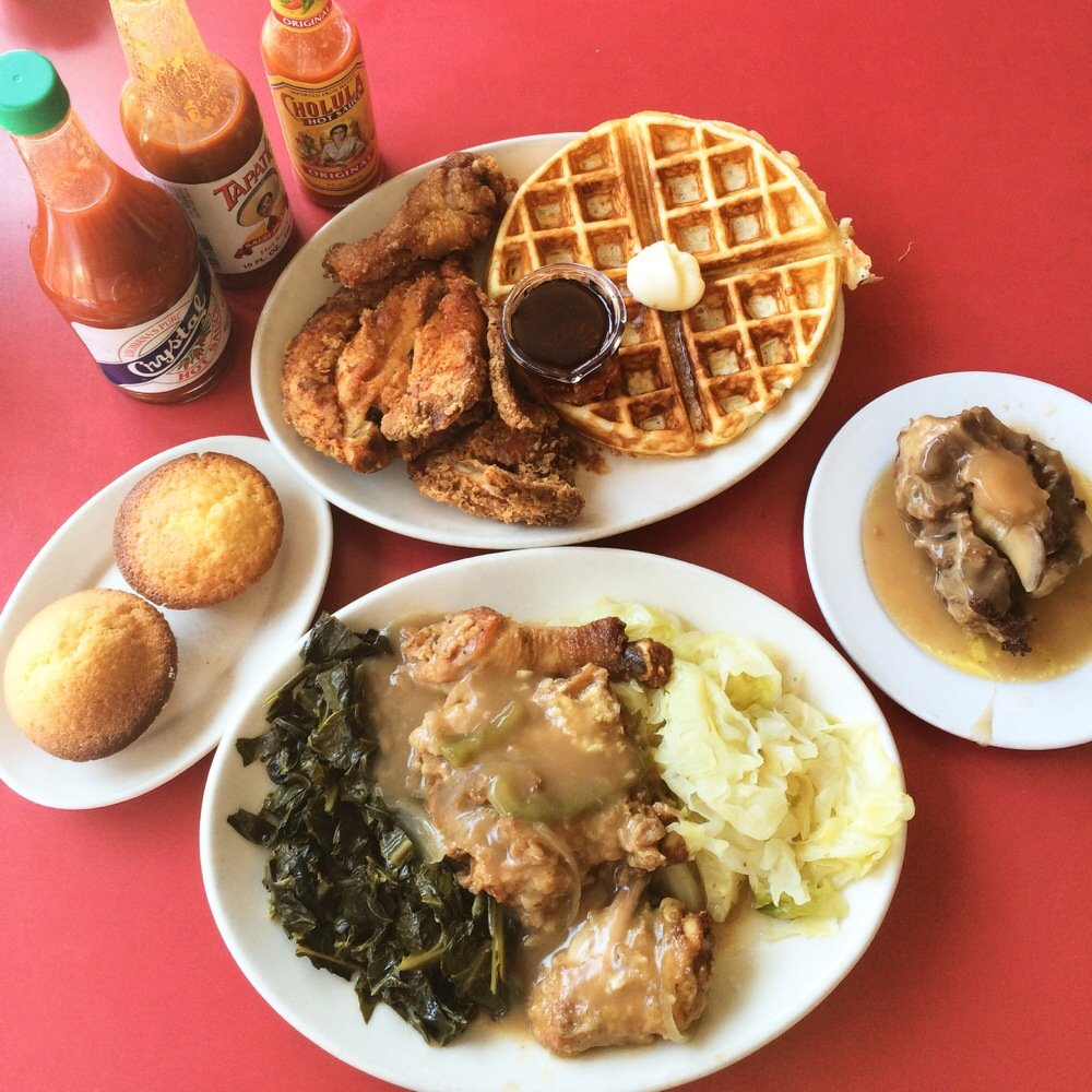 Hard Knox Café on Clement Street dishes out Southern-style comfort food in a funky, down-home space.