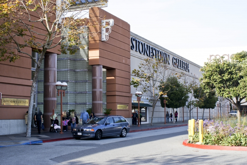 Stonestown Galleria is a large indoor mall flanked by a Nordstrom and Macy's, and featuring a wide array of stores and restaurants.