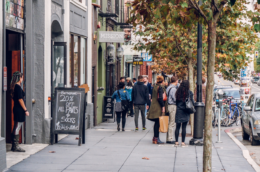 Valencia Street is a bustling commercial stretch overflowing with wonderful eateries, hip boutiques and bookshops, lively bars and music venues.