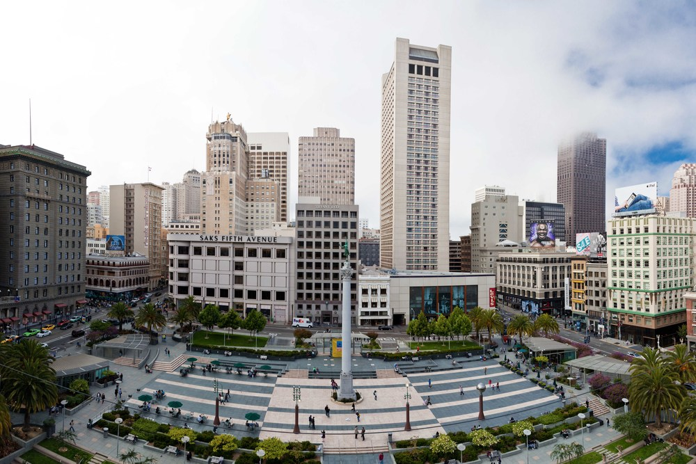 A great gathering place in the heart of the downtown area, Union Square is a 2.6-acre public plaza bordered by Geary, Powell, Post and Stockton Streets.