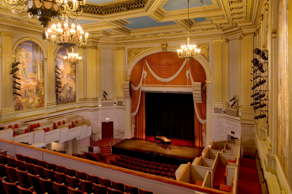 The site of the United Nations Charter signing in 1945, the Herbst Theatre is now the primary venue for many of the Bay Area's premier cultural organizations, including Chamber Music San Francisco, New Century Chamber Orchestra, Philharmonia Baroque Orchestra and San Francisco Performances.