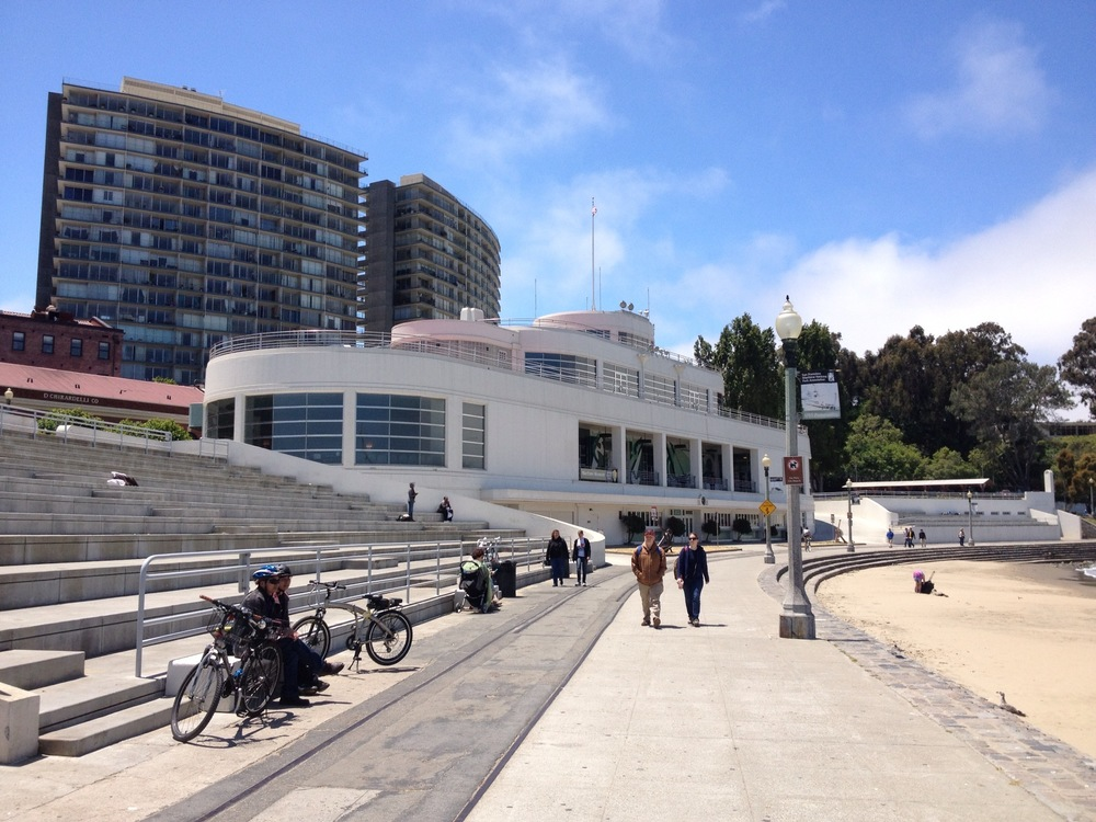 A National Historic Landmark sitting alongside the waterfront, Aquatic Park consists of a beach, a bathhouse, and a municipal pier.