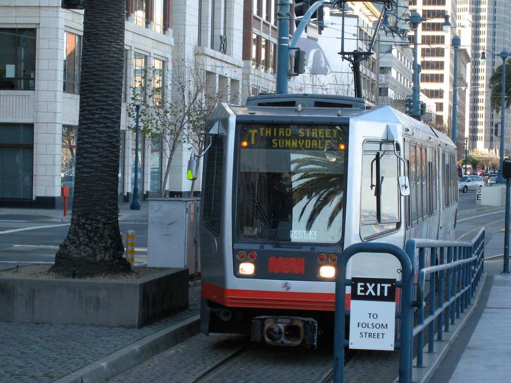 The first true light-rail line in the mostly streetcar MUNI system, the T-Third Street runs through Dogpatch and connects to the existing MUNI network along the southern Embarcadero and below Market Street.