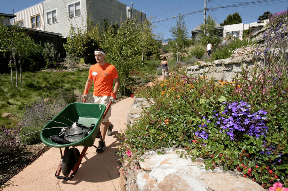 The Visitacion Valley Greenway is composed of six publicly owned and community maintained gardens.