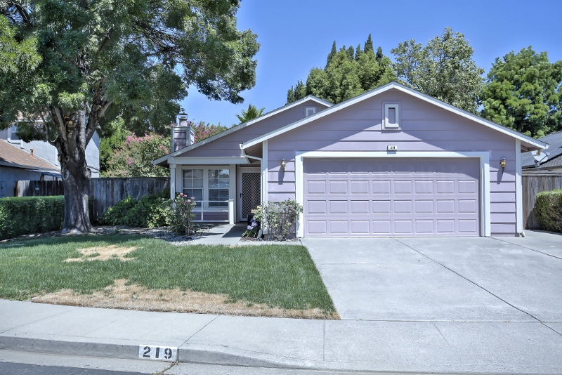 Sold at $365,000<strong>219 Dogwood Court, Vacaville</strong>