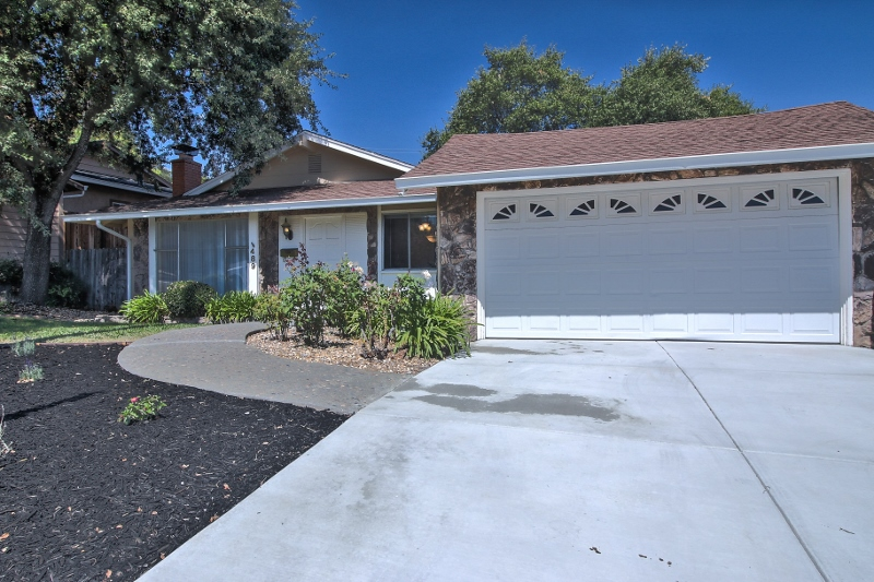 Sold at $375,000<strong>489 La Cresta Drive, Vacaville</strong>