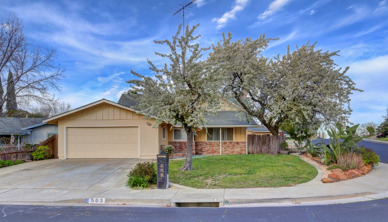 Sold at $340,500<strong>503 Wilmington Way, Vacaville</strong>