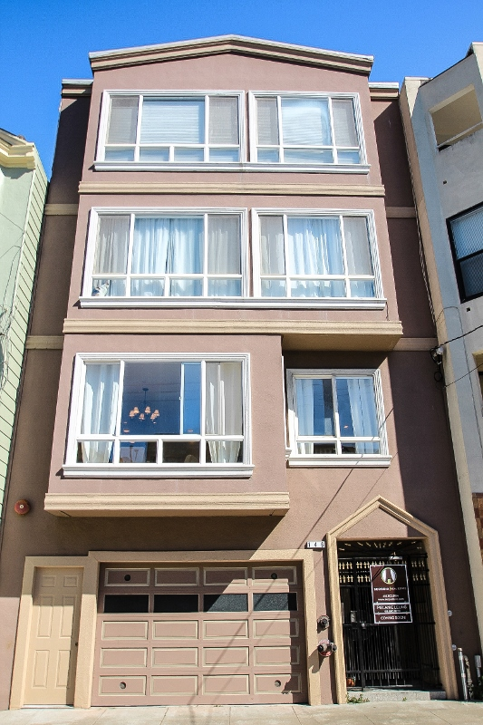 Sold at $1,238,000<strong>146 Blake Street #1, San Francisco</strong>