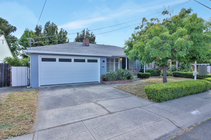 Sold at $625,000<strong>17946 Via Valencia, San Lorenzo</strong>