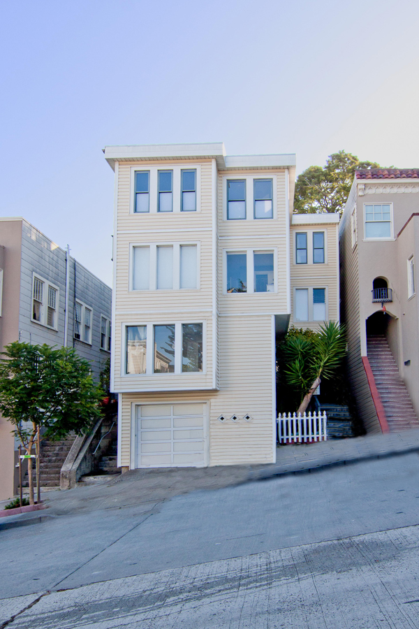 Sold at 1,050,000<strong>615 Noe Street #1, San Francisco</strong>