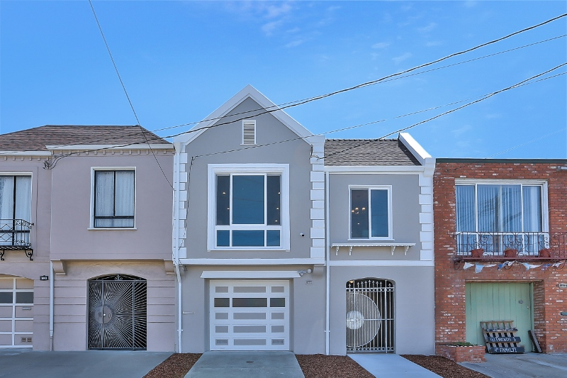 Sold at $1,475,250<strong>1666 41st Avenue, San Francisco</strong>