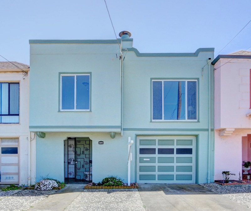 Sold at $1,020,000<strong>2630 43rd Avenue, San Francisco</strong>