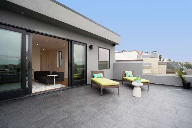 Sold at $1,855,000<strong>723 Kirkham Street, San Francisco</strong>