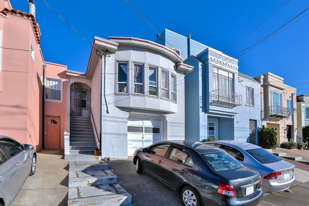 Sold at $1,050,000<strong>2450 31st Avenue, San Francisco</strong>