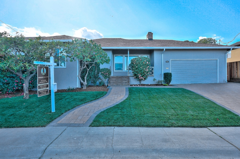 Sold at $1,530,000<strong>3040 Beverly Street, San Mateo</strong>