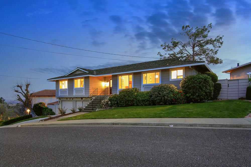 Sold at $2,445,000<strong>3329 Melendy Drive, San Carlos</strong>