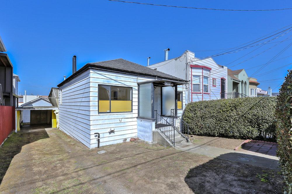 Sold at $950,000<strong>459 Ralston Street, San Francisco</strong>