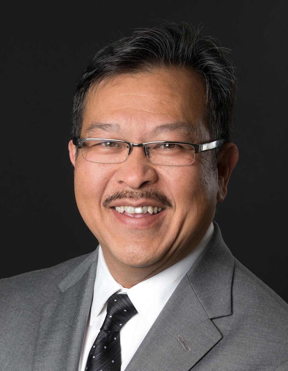 Ron C Leung - Headshot.jpg