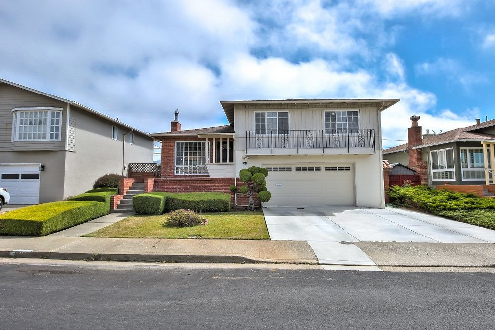 Sold at $1,228,000<strong>712 Serra Drive, South San Francisco</strong>
