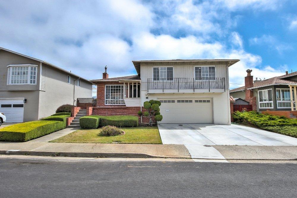 Sold at $1,228,000<strong>712 Serra Drive, South San Francisco</strong>