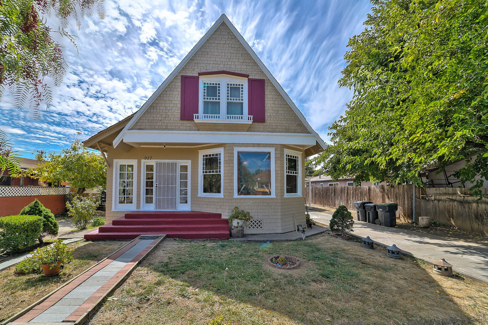 927 Broadway Street, Fairfield<strong>offered at $369,000</strong>