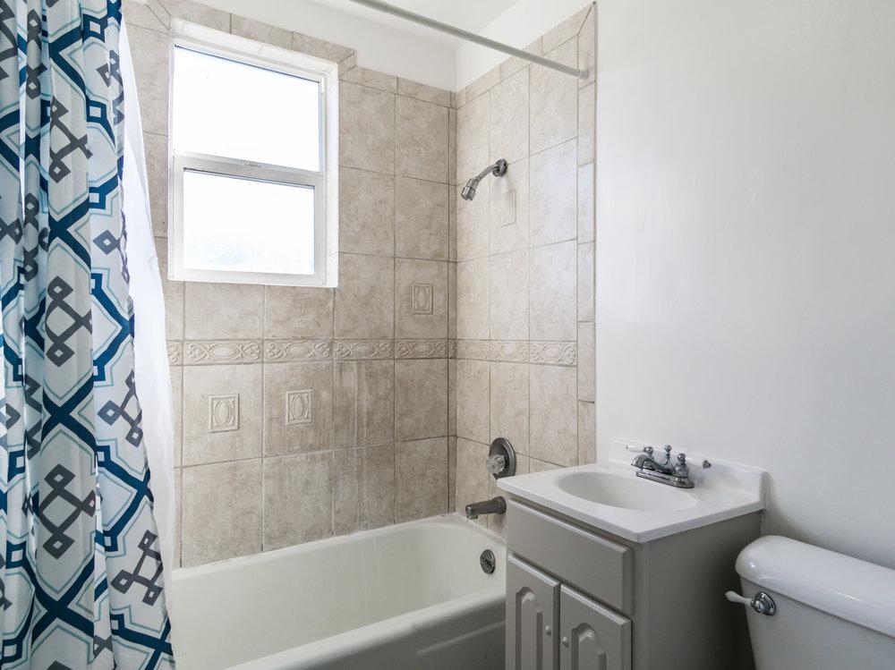 Bathrm Dwnstrs.jpg