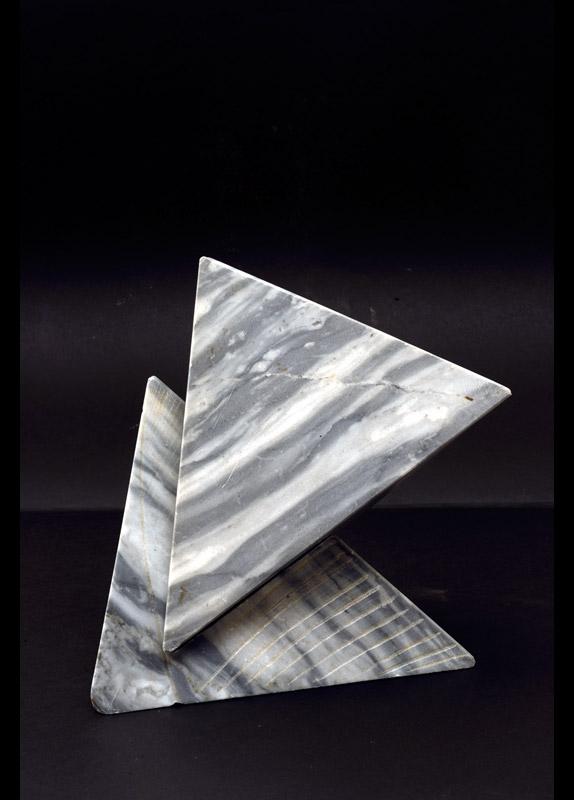 Idea per una scultura, 1988 marmo bardiglio di Carrara, 23,5x22x17,5 cm