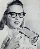 lady2glasses.jpg