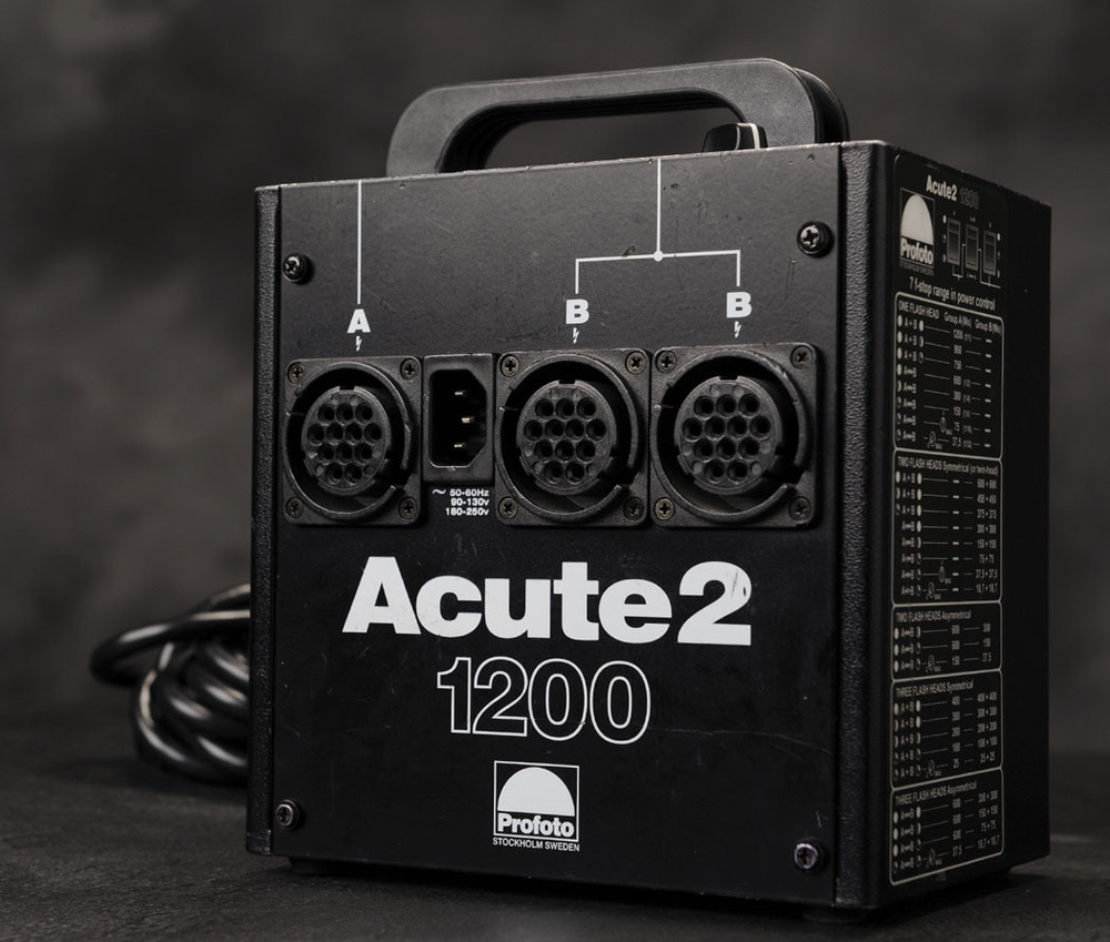 Profoto Acute 2 1200 and Modifiers