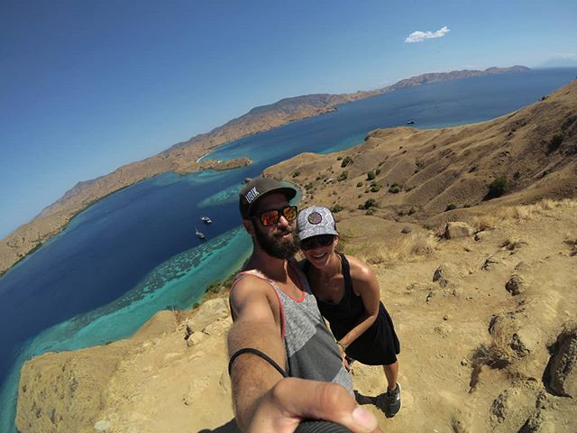 🇮🇩🏝️🌴☀️🕶️😎 . . . . #asia #southeastasia #indonesia #komodo #quebecoisenvoyage #steveetgeenasie #instatravel #travel #theglobewanderer #quebectraveler #traveldeeper #travelbug #traveldiary #travelgram #wanderlust #worldtravel #traveltheworld #travelinglife #globetrotter #exploretheworld #backpacker #backpacking #abusdehashtag