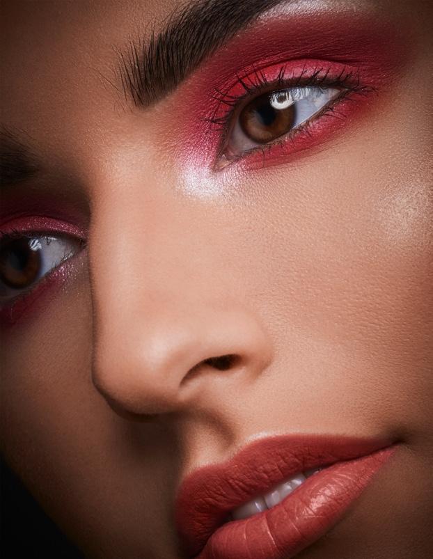 2018-01-11-red-beauty-Valeria6.jpeg