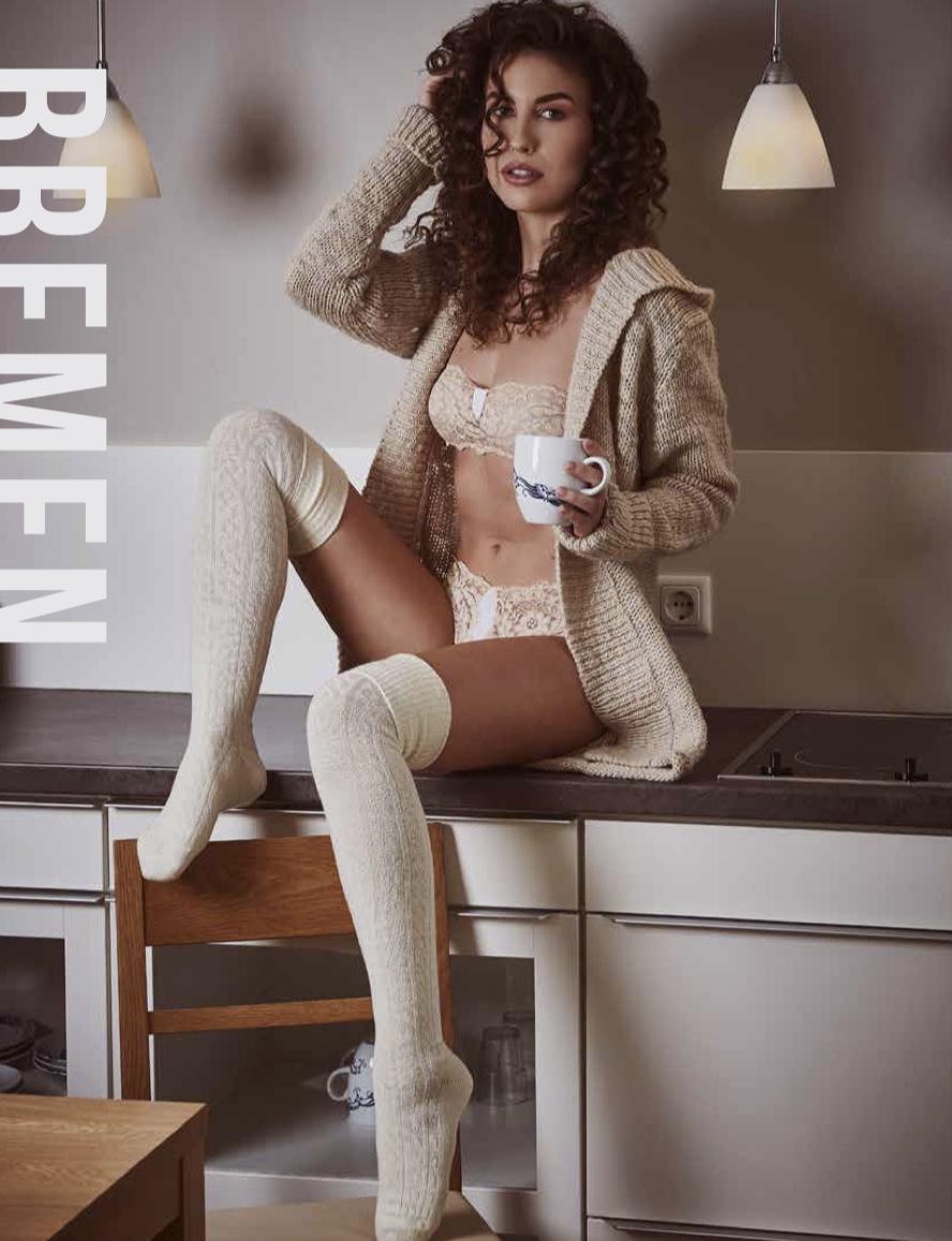 2017-11-30-lingerie-Isabel-Felicia02.jpeg