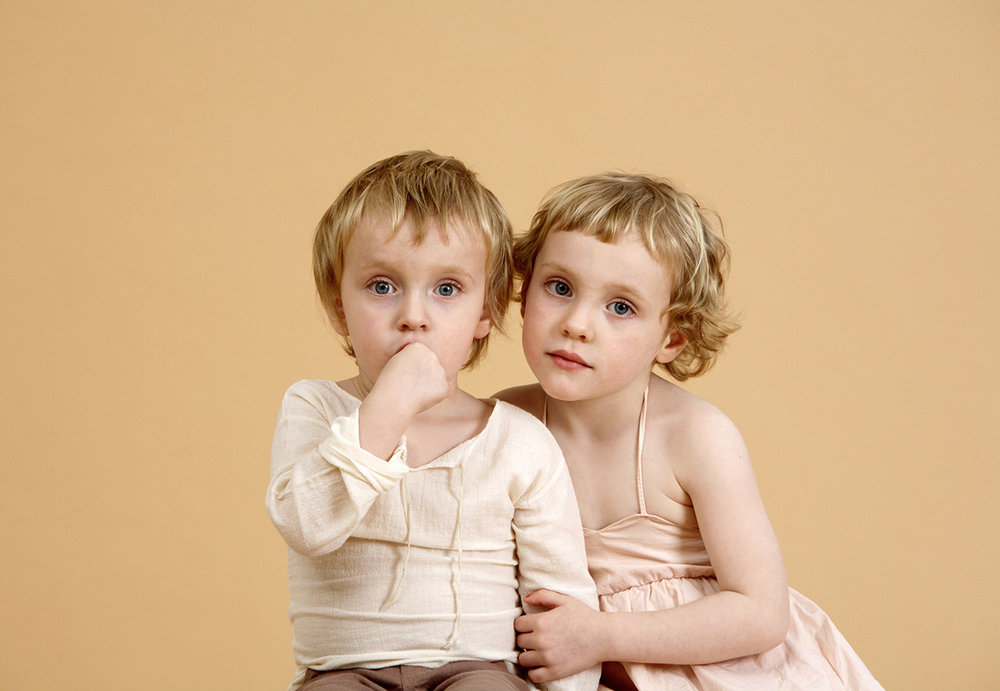 Siblings-portrait_studio-photography_broolyn_davina-zagury_3.jpg