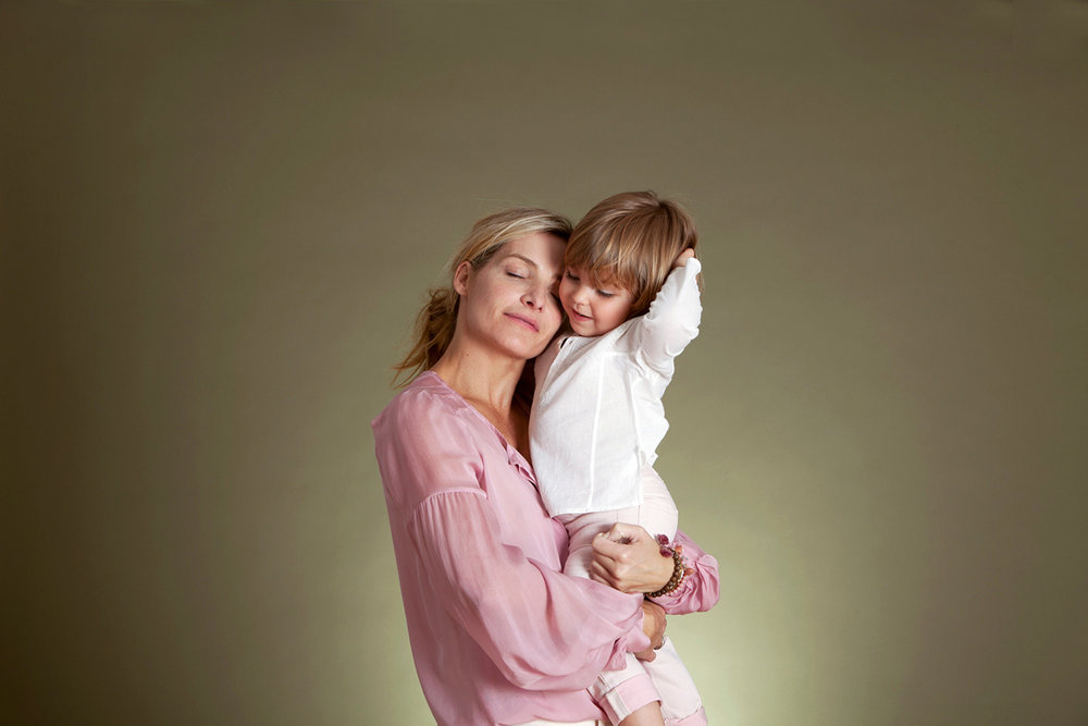 mothers-day-portrait_studio-portrait_new-york_davina-zagury_4.jpg