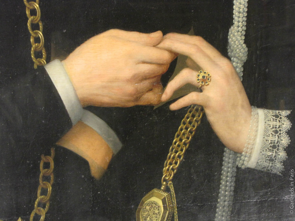 Love, Hands, Musée du Louvre, Paris