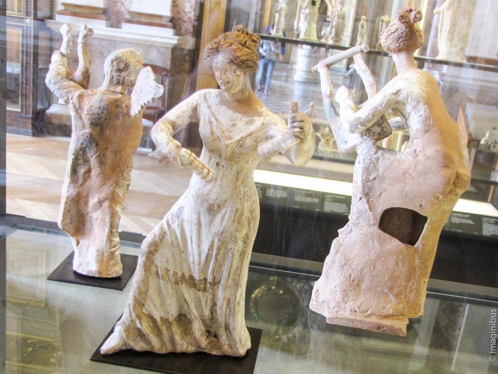 Dancing Statues, Musée du Louvre
