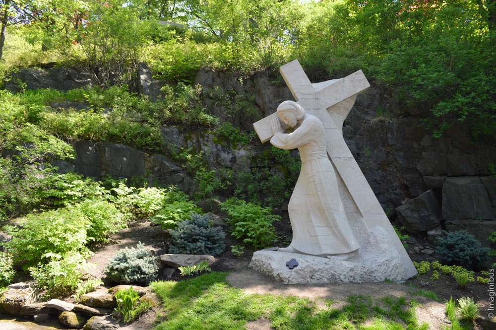 Gardens of the Way of the Cross - Saint-Joseph's Oratory of Mount Royal