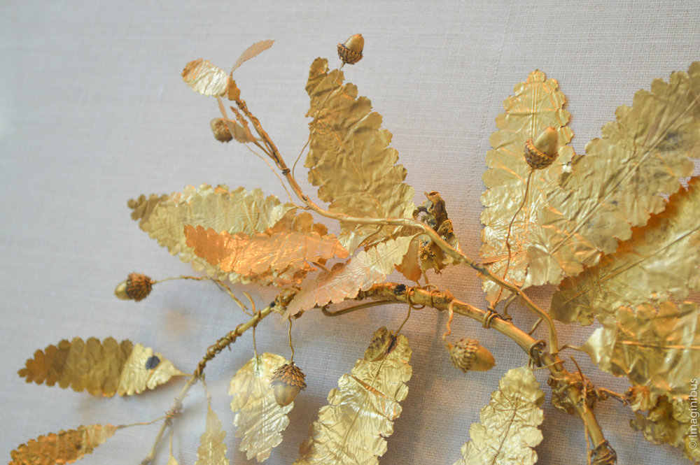 Fragment of a gold wreath, Greek, ca. 320-300 B.C.E.