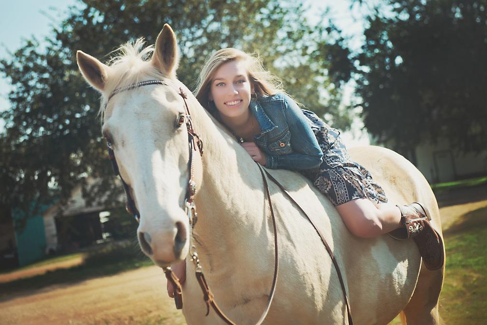 high school senior girl, horse, photography ©Valocity Studios