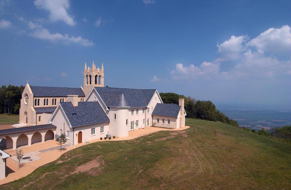 Syon Abbey Exterior - Monastery-1930 - 2006x1307.jpg