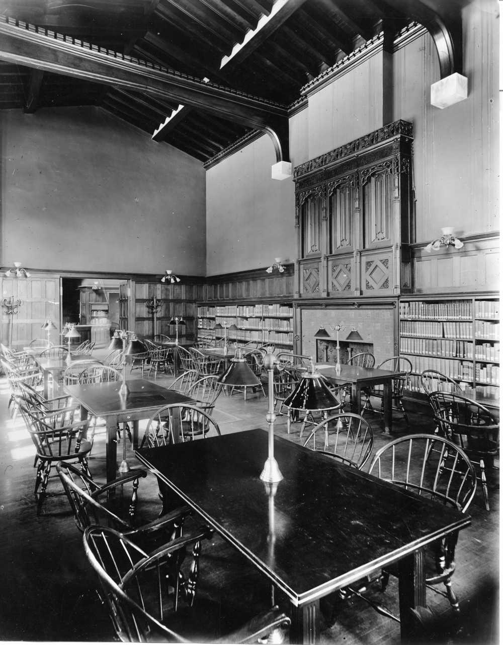 Hunt Library - Reading Room 01.jpg