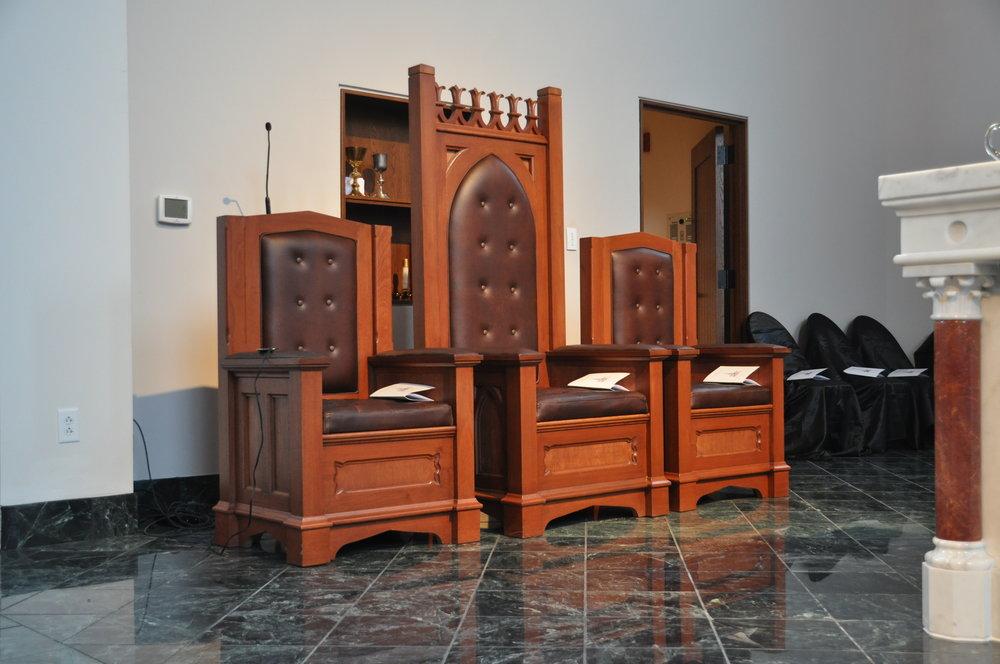 33524 St Kateri - Celebrant Chairs.JPG