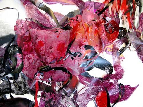 Outbreak, 2013, 18 ' X 8', gravure sur bois, sérigraphie, et encre acrylique sur mylar