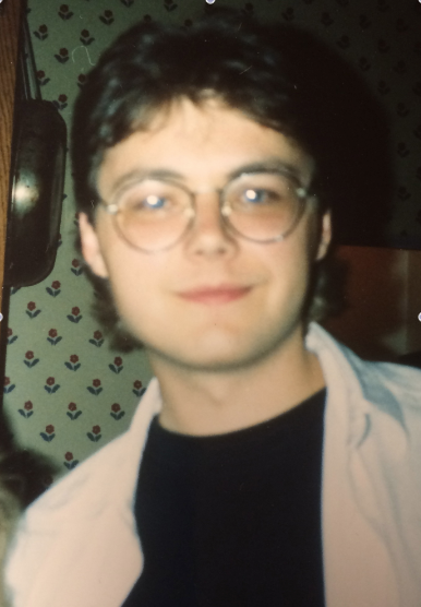 Arthur as a recent graduate of Hogwarts (Ravenclaw House).